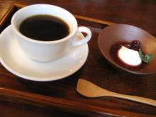 ランチのコーヒーデザート