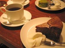 ガトーショコラとコーヒー