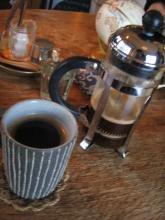 コーヒープレスのコーヒー