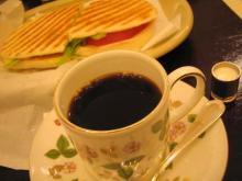 パニーニとコーヒー