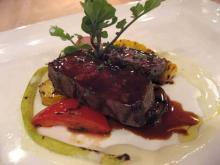 牛ヒレ肉と旬の野菜のグリル