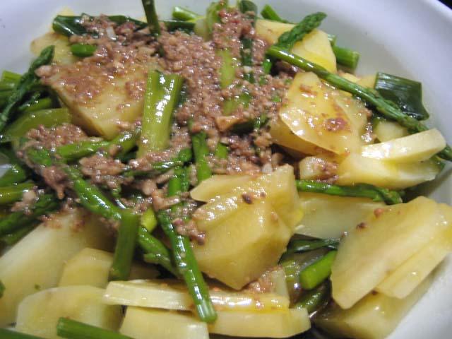 温野菜のオリーブオイルソースがけ