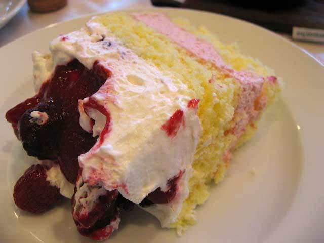 ベリーベリーチーズケーキ